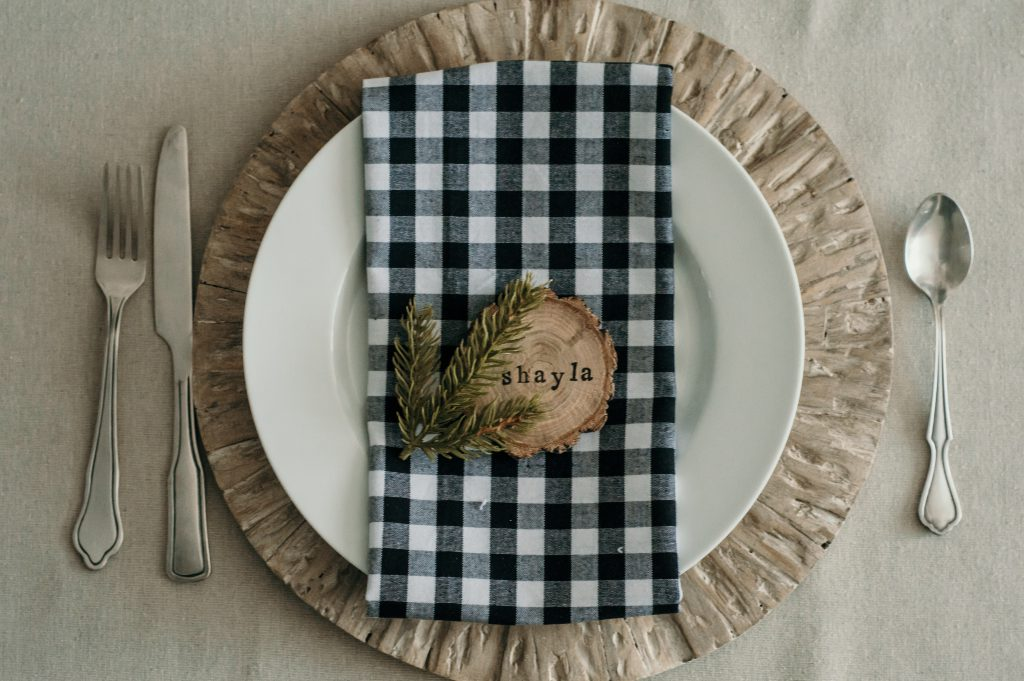 Holiday Place Settings – DIY